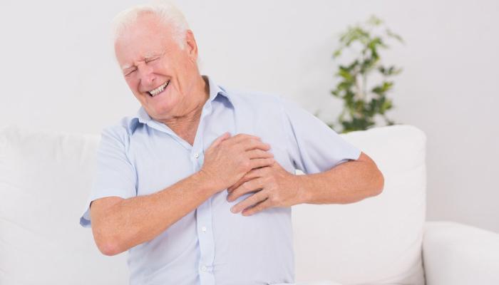 Инфаркт у пожилых людей